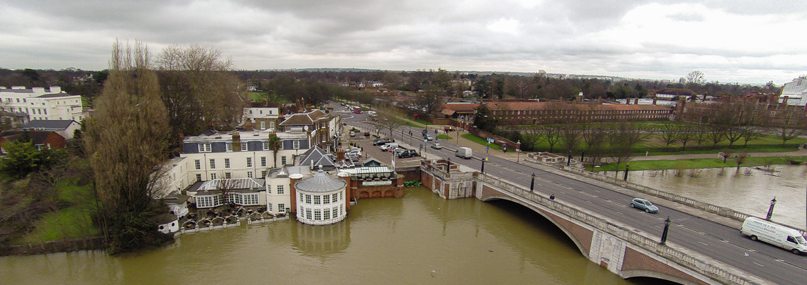 Aerial photography – Hampton Court Bridge