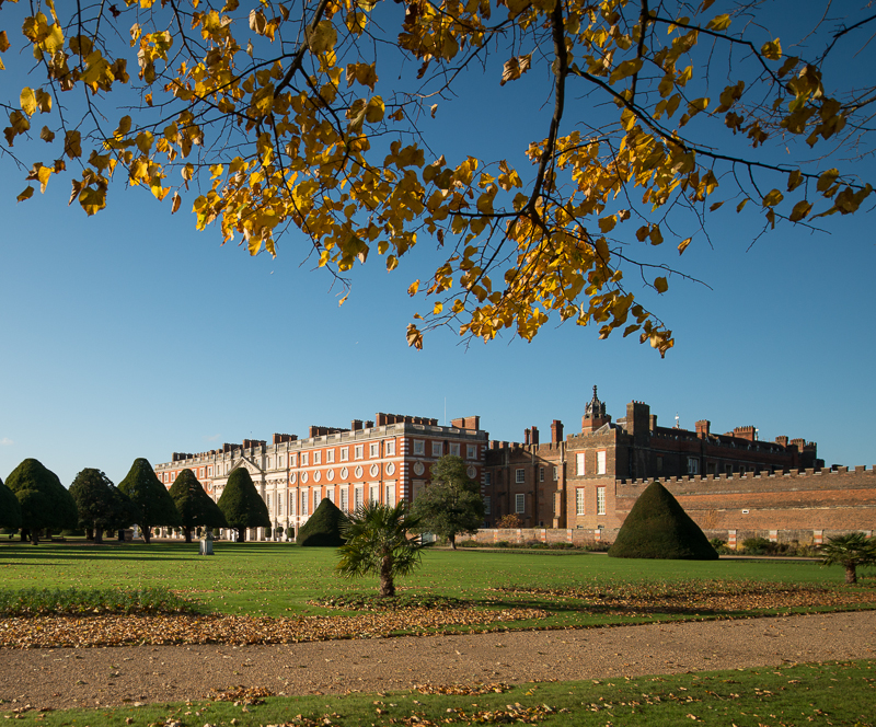 Autumn around Hampton Court Palace grounds