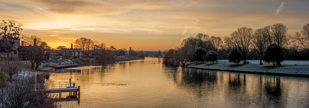 Sunrise - Molesey in December